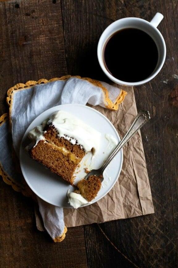 Gingerbread Cake with Lemon-Ginger Cloud Frosting | hungrygirlporvida.com