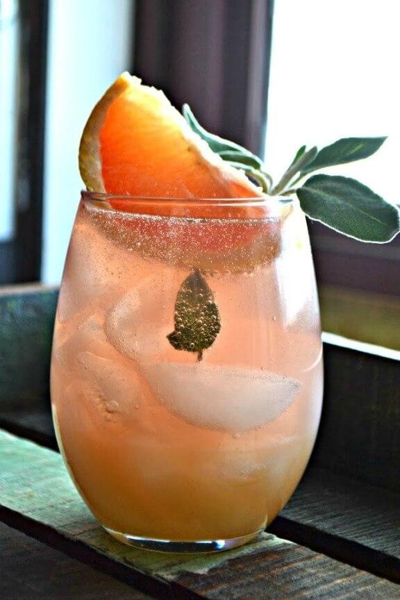 Grapefruit and Sage Mimosa | bakeaholicmama.com