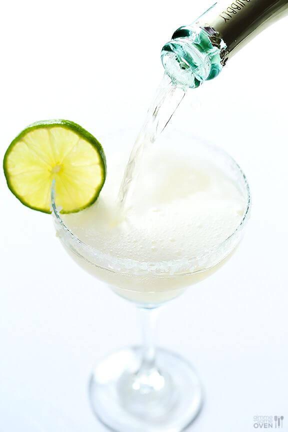 Sparkling Margaritas | gimmesomeoven.com