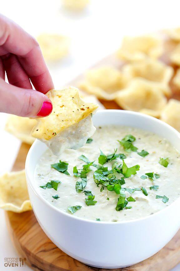 2-Ingredient Queso Dip | gimmesomeoven.com