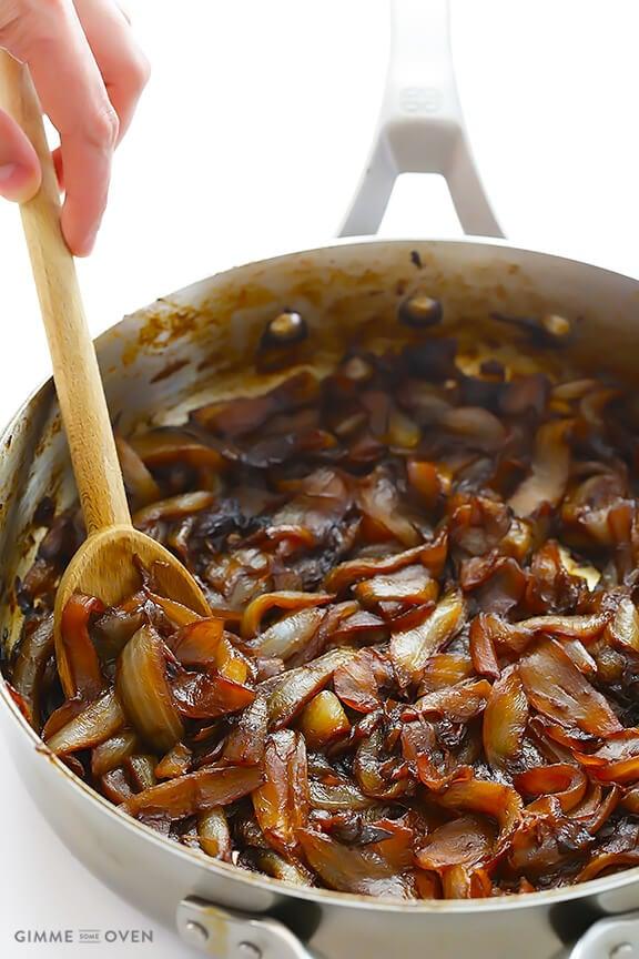 Caramelized Onions | gimmesomeoven.com
