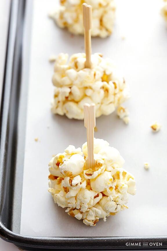 Naturally-Sweetened Honey Popcorn Balls | gimmesomeoven.com