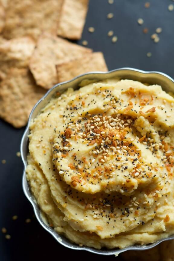 Everything Bagel Hummus | thehousewifeintrainingfiles.com
