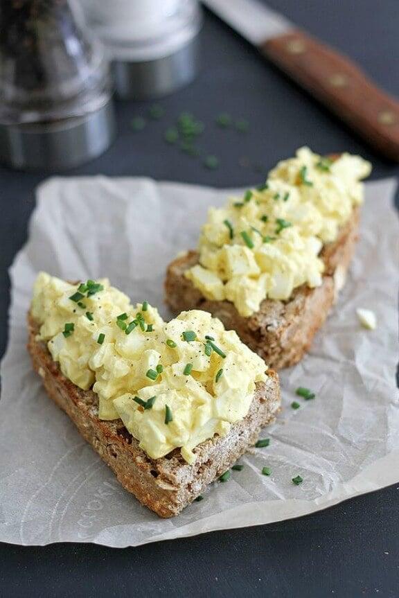 Mom's Egg Salad | girlversusdough.com