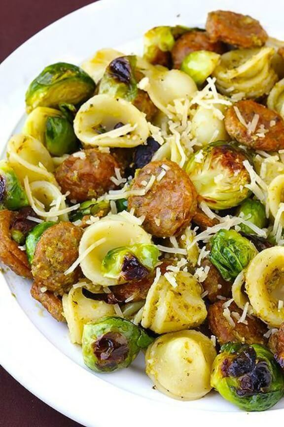 Pesto Pasta with Chicken Sausage and Roasted Brussels Sprouts | gimmesomeoven.com