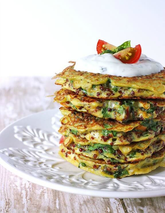 Scrambled Egg Tomato Florentine Fritters | soupaddict.com