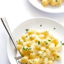 Gnocchi Mac and Cheese -- rich and creamy, easy to make, and unbelievably good | gimmesomeoven.com