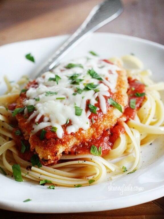 Baked Chicken Parmesan | skinnytaste.com