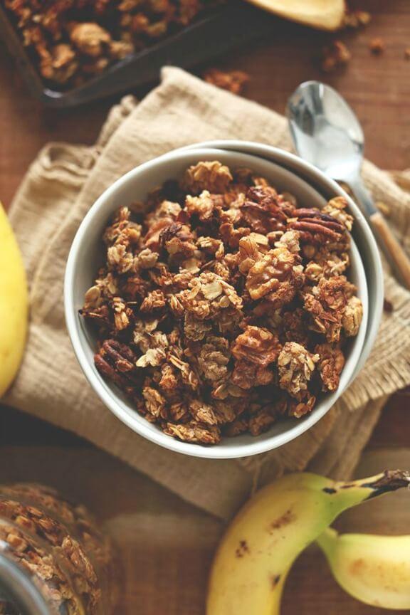 Banana Bread Granola | minimalistbaker.com