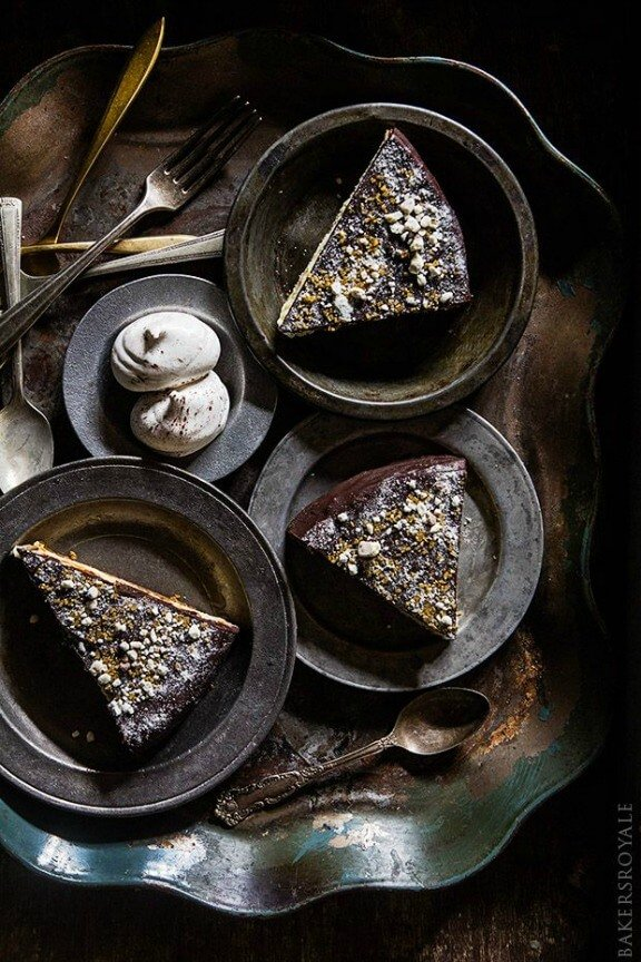 Chocolate Covered Kahlua Cheesecake | bakersroyale.com