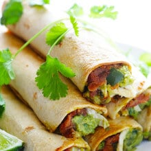 5-Ingredient Chicken Guacamole Taquitos Recipe | gimmesomeoven.com