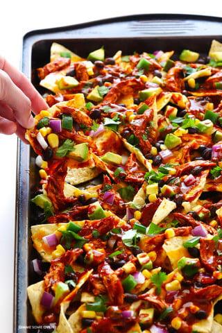 Chicken Enchilada Nachos Recipe | gimmesomeoven.com