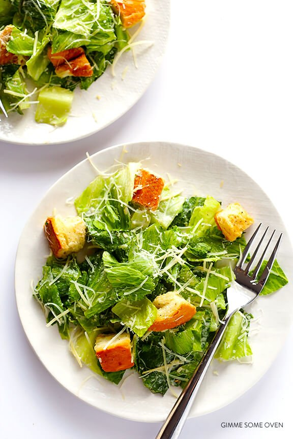 Lighter Caesar Salad Recipe -- made with a creamy Greek yogurt Caesar dressing | gimmesomeoven.com
