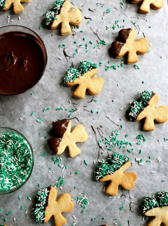 Baileys Irish Cream Cookies | buttercreamblondie.com