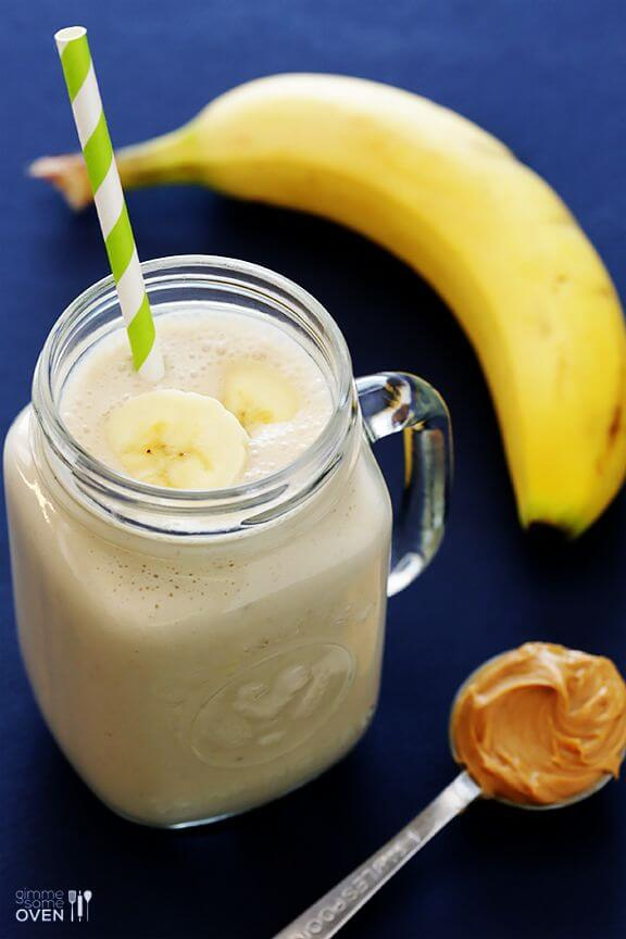 Peanut Butter Banana Smoothie | gimmesomeoven.com