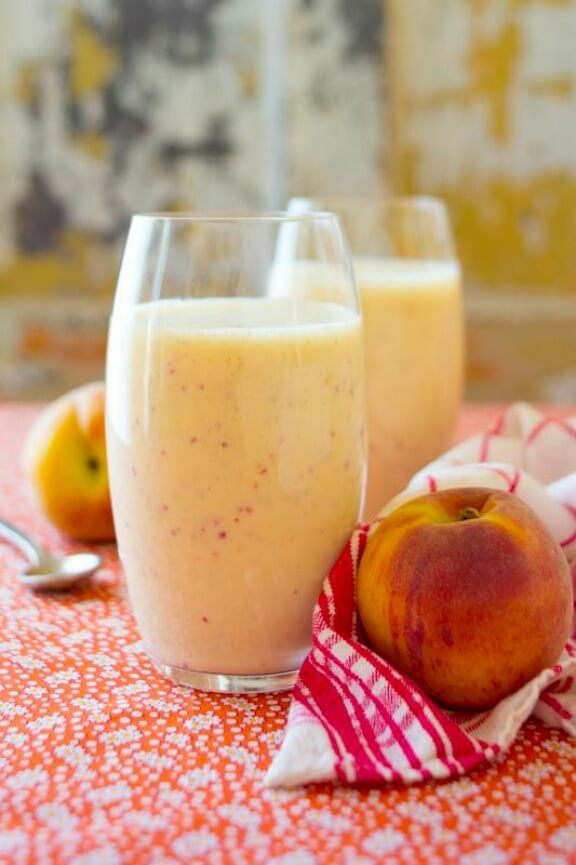Peach Recovery Smoothie | healthyseasonalrecipes.com