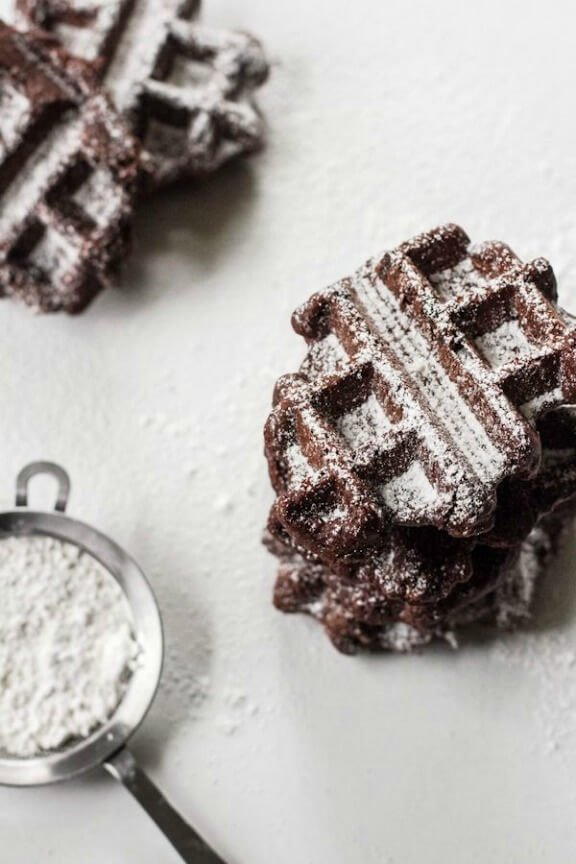 Belgian Brownie Waffles | edibleperspective.com