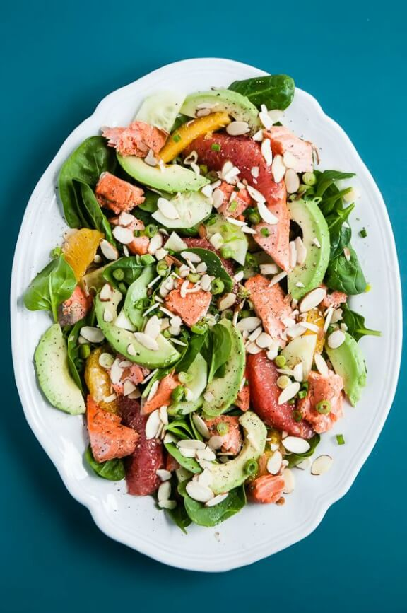 Heart Healthy Citrus-Avocado Salmon Salad | cafejohnsonia.com