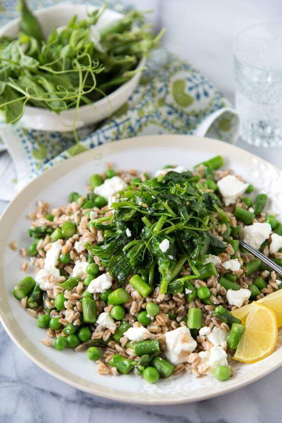 Spring Pea and Feta Farro | whatsgabycooking.com