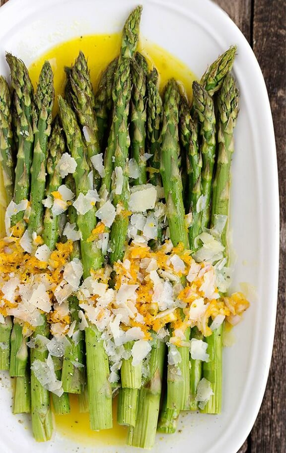 Warm Roasted Asparagus Salad with Orange Dressing | seasonsandsuppers.ca