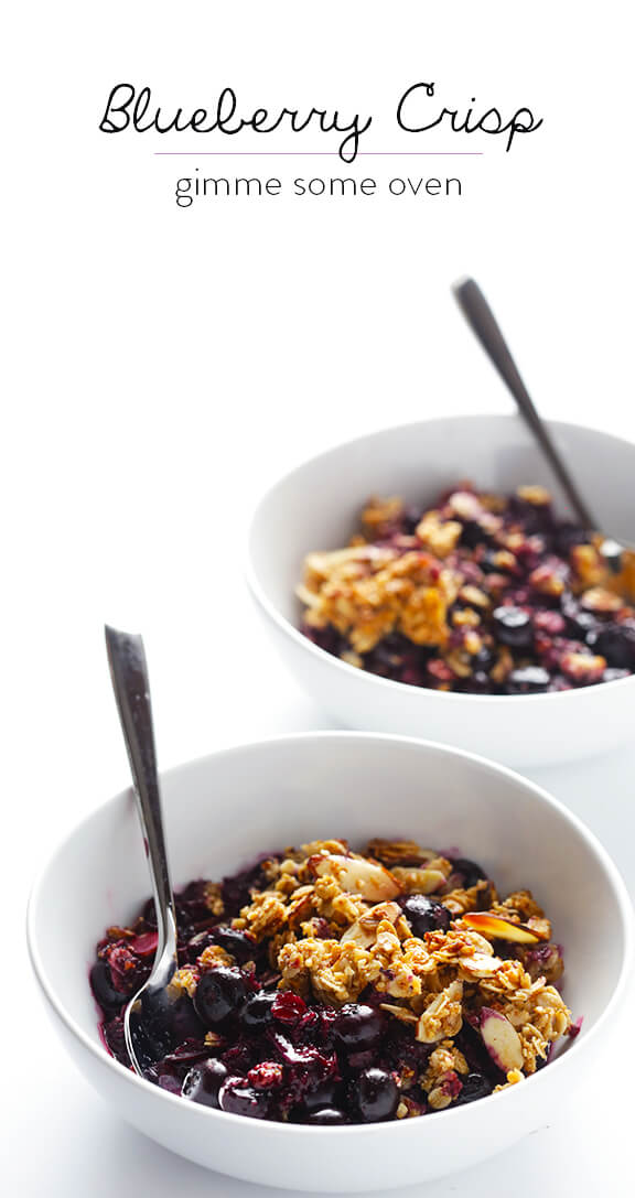 Easy Blueberry Crisp -- this fresh dessert is quick and easy to make, naturally gluten-free and vegan, and absolutely irresistible!   gimmesomeoven.com