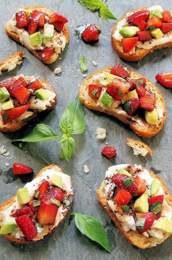 Strawberry Balsamic Crostini with Ricotta & Fresh Basil | inspirededibles.ca