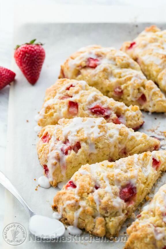 Perfect Strawberry Scones   natashaskitchen.com