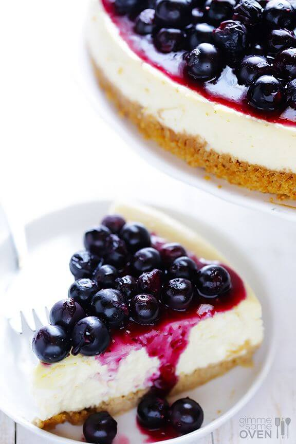 Lighter Blueberry Cheesecake | gimmesomeoven.com