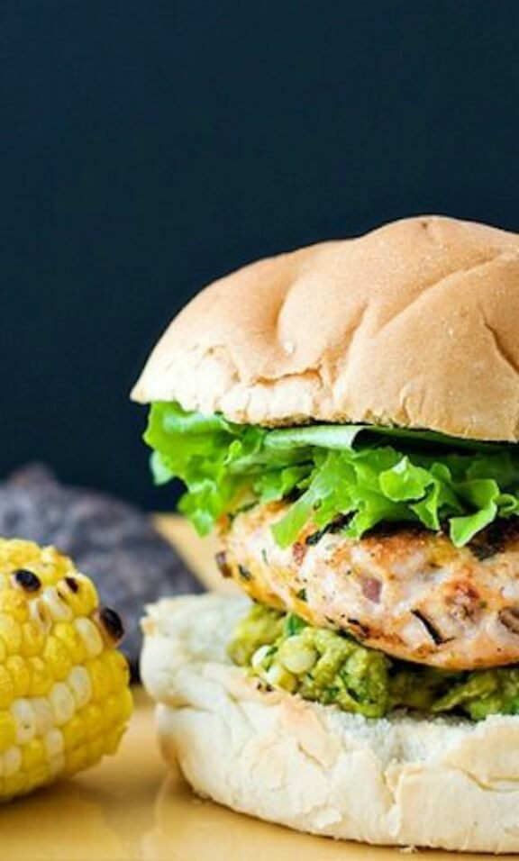 Cheddar Jalapeno Chicken Burgers with Guacamole | Skinny Mom