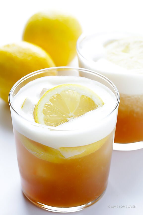 Maple Whiskey Sour -- naturally sweetened, and so refreshing! | gimmesomeoven.com