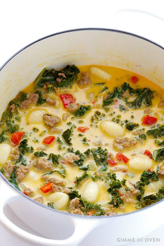7-Ingredient Easy Zuppa Toscana (Creamy Gnocchi Soup with Kale and Sausage) | gimmesomeoven.com