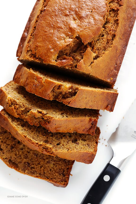 This banana bread recipe is naturally-sweetened with maple syrup, easy to make, and SO moist and delicious   gimmesomeoven.com