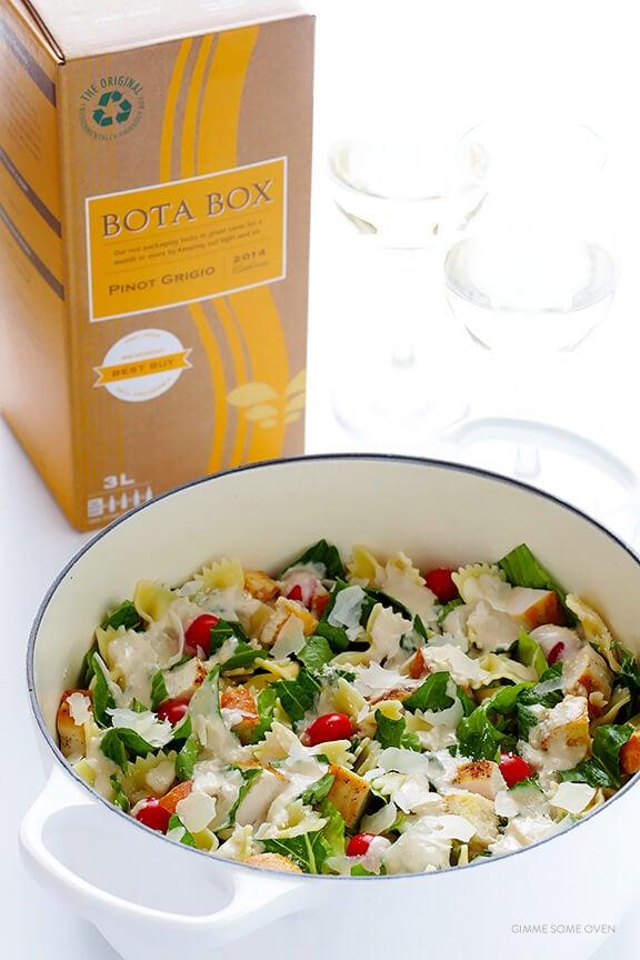 Chicken Caesar Pasta Salad | gimmesomeoven.com