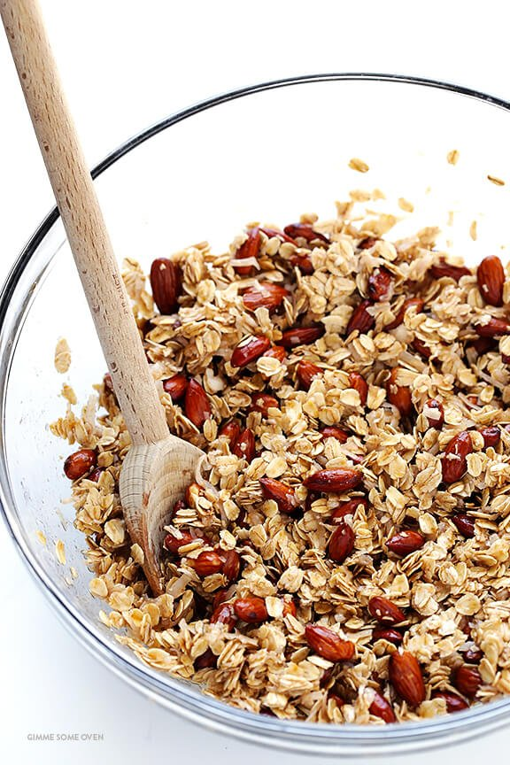 Dark Chocolate Cherry Granola -- easy to make, full of protein, and ...
