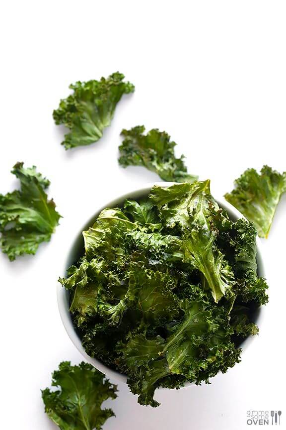 Sea Salt and Vinegar Kale Chips | gimmesomeoven.com