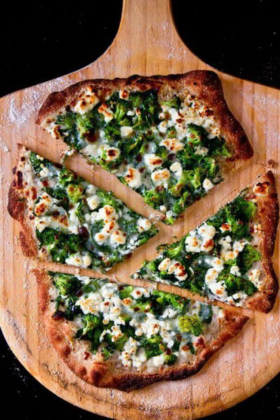 Spinaroli Pizza | thebrewerandthebaker.com