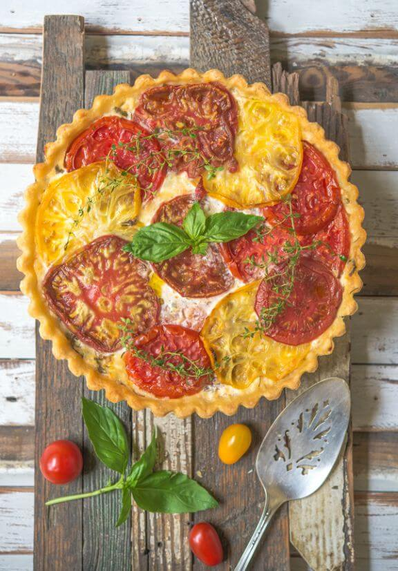 Tomato Pie with Basil and Gruyere Cheese | southernboydishes.com