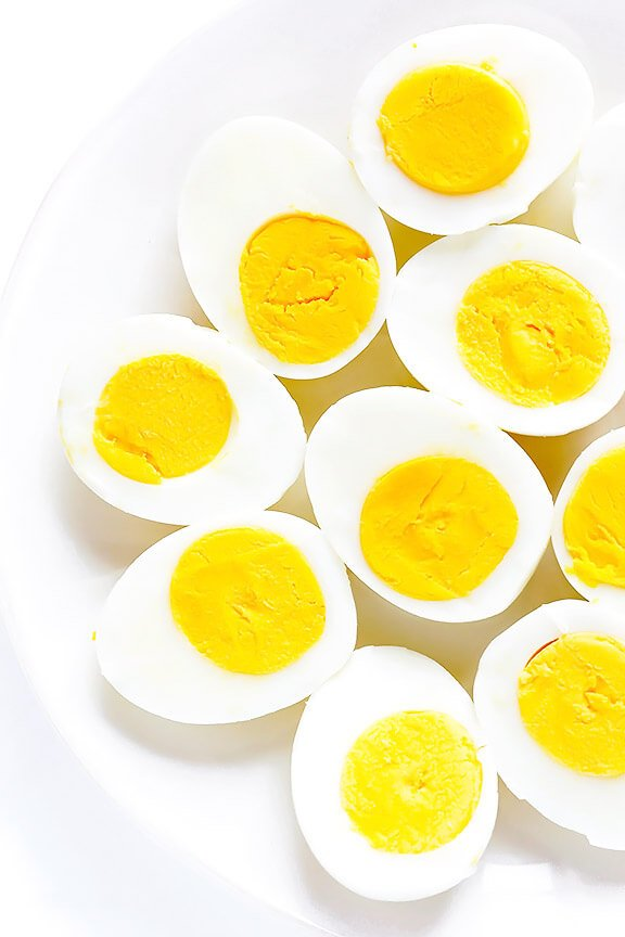 Learn how to make perfect Hard-Boiled Eggs with this step-by-step video and easy recipe! | gimmesomeoven.com