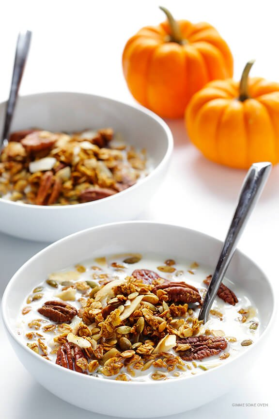 Pumpkin Spice Granola Recipe -- easy to make, sweetened with maple syrup, and wonderfully delicious | gimmesomeoven.com