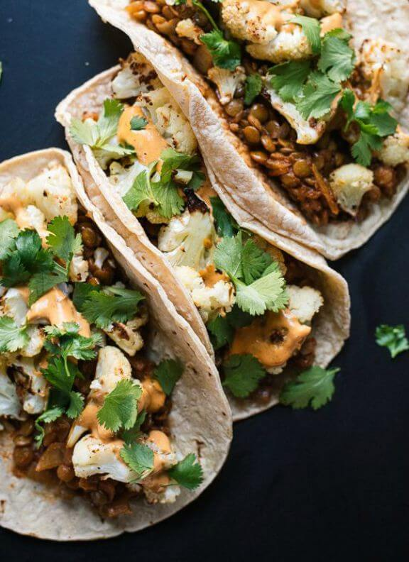 Roasted Cauliflower and Lentil Tacos with Creamy Chipotle Sauce | cookieandkate.com