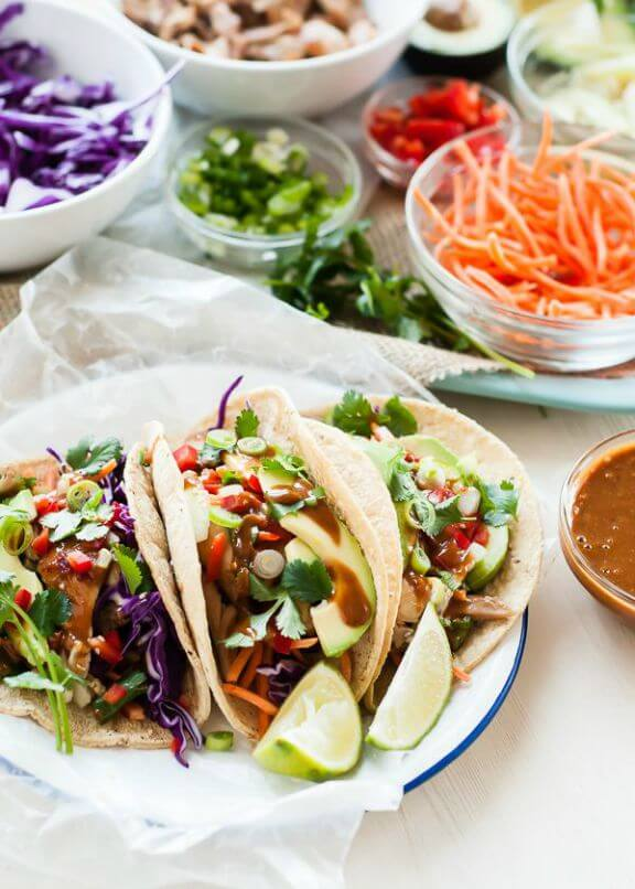 Thai Chicken Tacos | mountainmamacooks.com