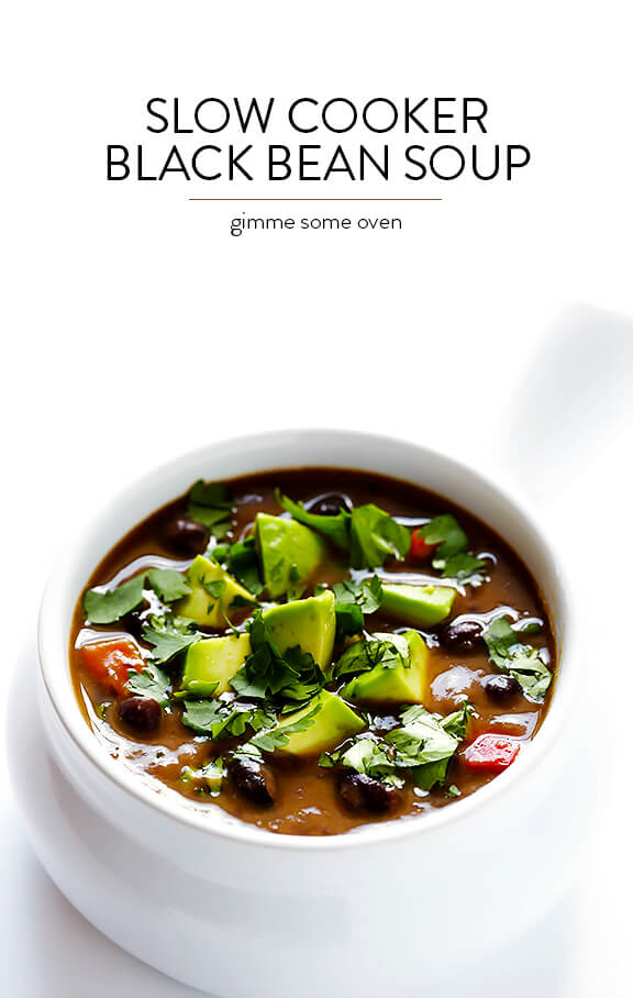 Slow Cooker Black Bean Soup -- let your crock pot do the work with this delicious vegetarian soup | gimmesomeoven.com