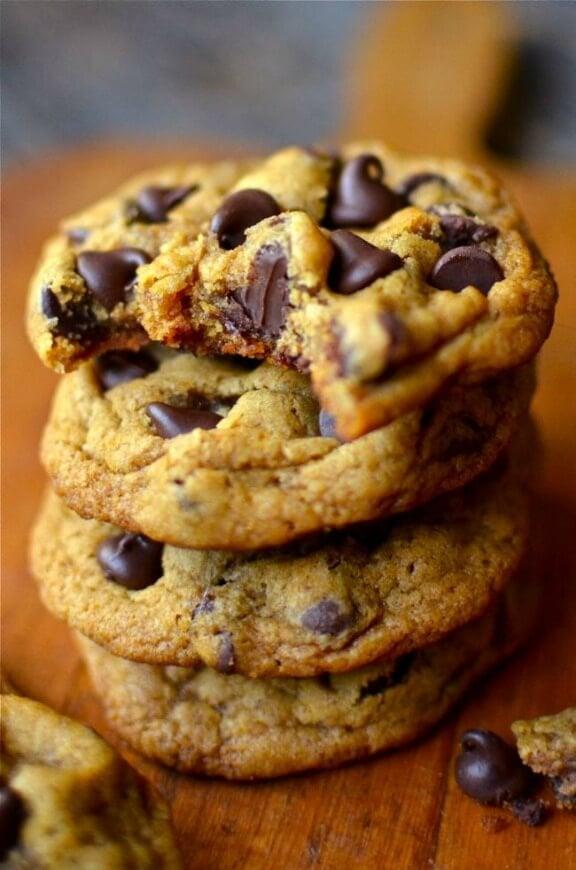 Chewy Pumpkin Chocolate Chip Cookies | yammiesnoshery.com
