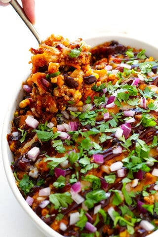 BBQ Chicken Quinoa Casserole | gimmesomeoven.com