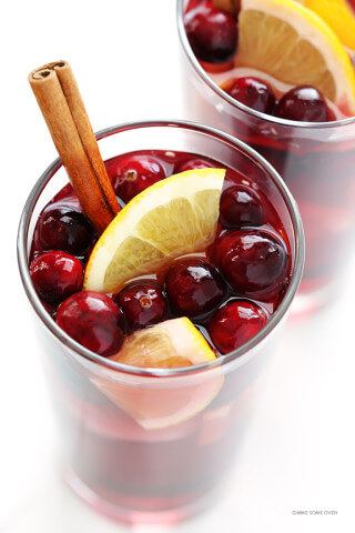 Sparkling Cranberry Orange Sangria Recipe -- quick and easy to make, and perfect for the holidays or any good party! | gimmesomeoven.com