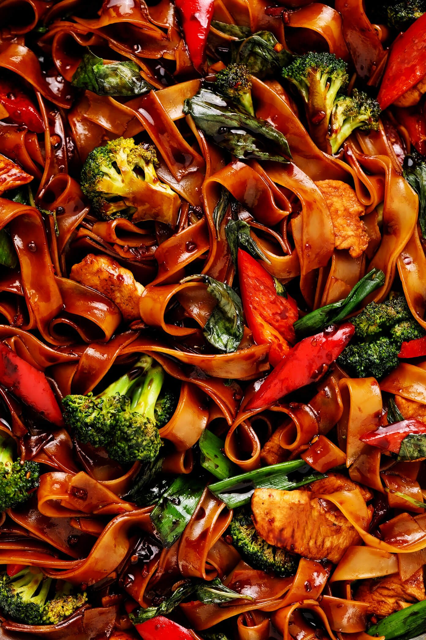Drunken Noodles (Pad Kee Mao) Closeup with Broccoli and Red Bell Pepper