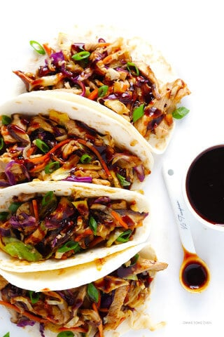 20-Minute Moo Shu Pork (or Chicken!) -- quick and easy to make, and SO delicious! | gimmesomeoven.com