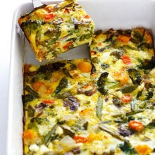 Spring Vegetable Egg Casserole -- easy to make ahead with your favorite veggies, and so delicious! | gimmesomeoven.com