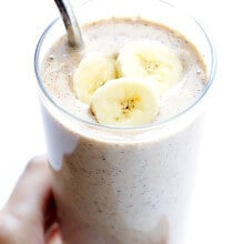 Banana Chai Smoothie -- quick and easy to make, packed with protein, and wonderfully delicious! | gimmesomeoven.com