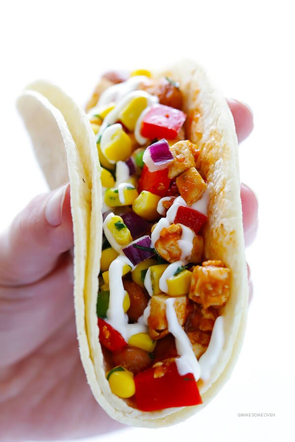 These Chipotle Sofritas (Tofu) Tacos are quick and easy to prepare, and made with a heavenly Mexican chipotle tomato sauce. Plus, they're also naturally gluten-free and vegan!   gimmesomeoven.com
